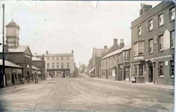 The Rose and Crown about 1900 [X758-1-8-10]